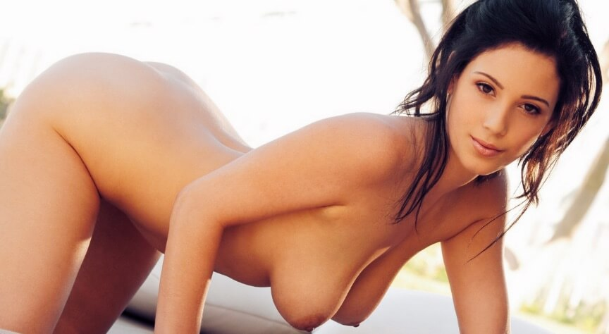 Noelle Easton