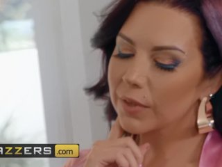 Inlked Thicc Step mom Sheridan Love fucks in the bath – Brazzers